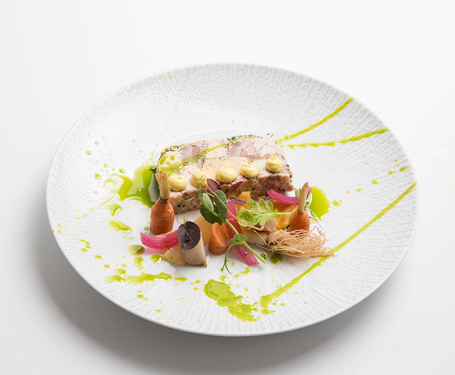 Terrina de carnes e foie gras